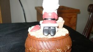 "VINTAGE ADORABLE ""PRECIOUS MOMENTS"" XMAS MUSIC BOX Kitchener / Waterloo Kitchener Area image 6"