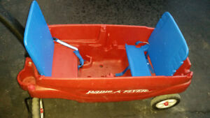 Radio Flyer Deluxe Family Canopy Wagon - used
