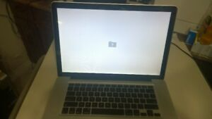 "MacBook Pro ""Core i5"" 2.4 15"" Mid-2010 FOR PARTS /REPAIR"