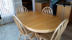 Oak Kitchen Table and four matching chairs