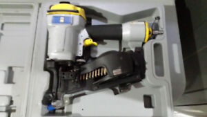 Coil Roofing Nailer with Nails