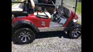 Kart de golf (petite voiturette pour camping)