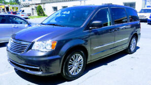 Chrysler Town & Country Touring L 2016 -2 DVD - 7 passagers