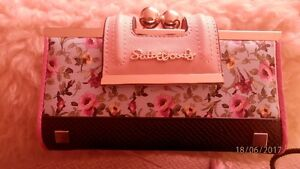 Sally Young wallet