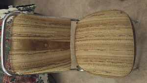 Retro folding table and four chairs Peterborough Peterborough Area image 4