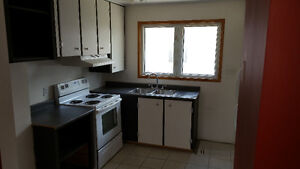 Great Living + East London + All Inclusive London Ontario image 3