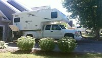 2008 LANCE 1181EXCELLENT CONDITION TOP OF THE LINE