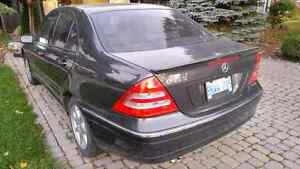 2002 Mercedes-Benz C-Class Sedan Windsor Region Ontario image 3