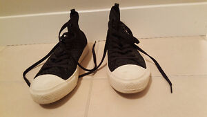 Peoples Black Phillips High Top Runners