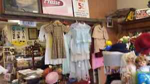 NICE ASST OF VINTAGE CLOTHING