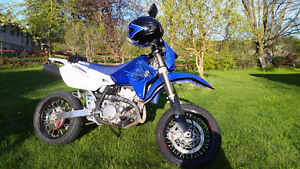 parting out DRZ400 SM