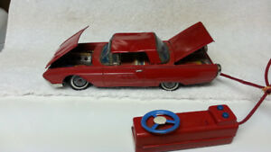 YONEZAWA TIN LITHO FORD THUNDERBIRD - BATTERY OP - 1960'S