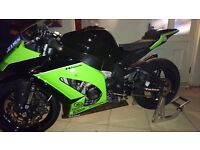 Kawasaki ZX10 Race Bike