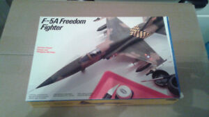F5 Freedom Fighter & F86 Sabre Jet model Kits 1/48 & 1/72