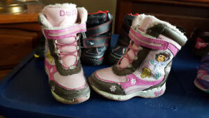 Girls Winter Boots Size 8 - Asking $4