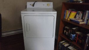 Used working dryer. Will deliver if needed.