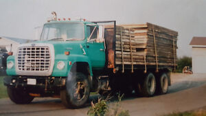 Ford L8000 with a CAT 3208