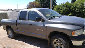 2005 dodge ram 1500 four door 4x4