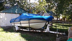Bowrider and trailer
