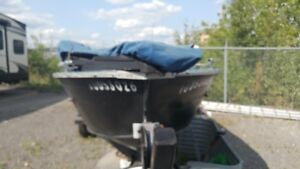 GREAT DEAL ALL EQUIPPED BASS BOAT