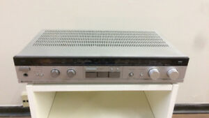 Vintage Hitachi HTA-2 AM/FM Stereo Receiver with Phono In (1983)