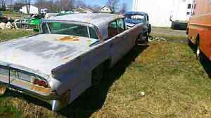 1958 LINCOLN AND A PARTS CAR 2 FOR 1 $2900 O.B.O.  London Ontario image 7