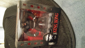 King Kong Deluxe Box Set Toy Action Figure McFarlane Toys