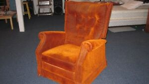Upholstered Reclining Chair with footrest