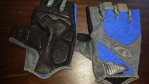 NEW GIRO BIKING GLOVES XL Oakville / Halton Region Toronto (GTA) image 1