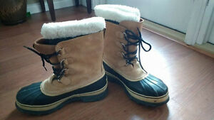 MEN'S Size 12 Sorel Caribou Winter Boots: Nearly New $55 OBO
