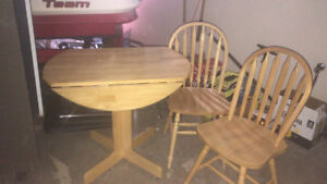 Solid Oak Pedestal Table & Chairs