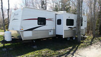 32 foot travel trailer 2011 Zinger 32 QB - Lot #112 Beausejour