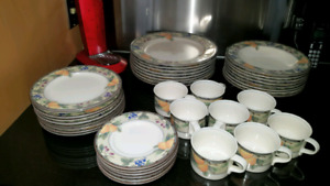 Dishes several sets  possible free delivery