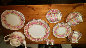 6 place setting royal albert serena china vintage dishes