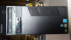 Lenovo ThinkCentre M75e Phenom II X4 B95 3 GHz - 8 GB ram 500gb