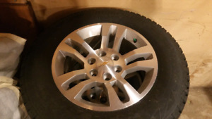 """Chevrolet 18"""" wheels with sensors and caps. No tires."""