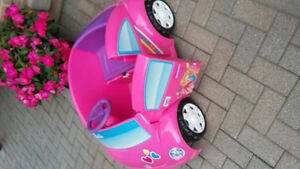 Fisher Price Power Wheels Barbie Volkswagon Beetle Car