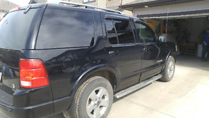 Ford explorer limited 4x4 seats 7