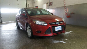 2013 Ford Focus SE Hatchback -Mint - Only 23K - Safety