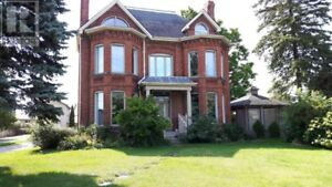 Executive House for RENT in Chatham