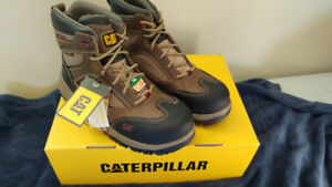 Safety boot Caterpilar Shaman women Size 8/9 brand new in the bo