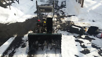 "Yardworks 10.5HP30"" cut snowblower with light and electric start"