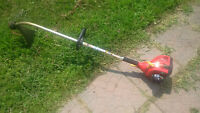 Homelite 25cc String Grass Trimmer - Gas Powered