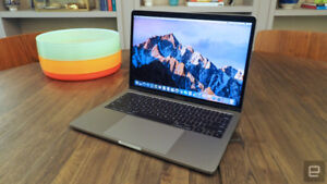 """Macbook pro 2017 13"""" Space Grey - with Apple care"""
