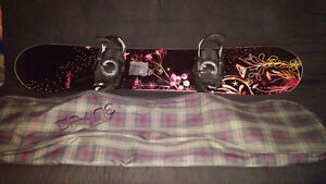 Roxy Snowboard + Bindings + Carry bag - Barely Used