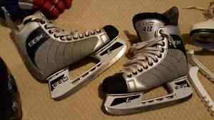 For sale hockey equipment in great condition!! Kitchener / Waterloo Kitchener Area image 2