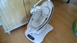 4Moms MAMAROO Bouncer Classic Grey with Infant Insert