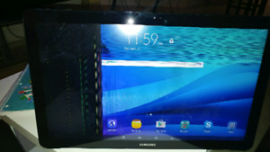 """Samsung Galxy View 18.4"""" tablet- need new screen*"""