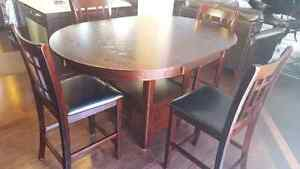 Dark brown breakfast table Kitchener / Waterloo Kitchener Area image 2