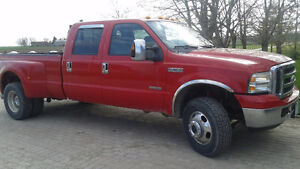 2006 Ford F-350 FX4 Dually Pickup Truck
